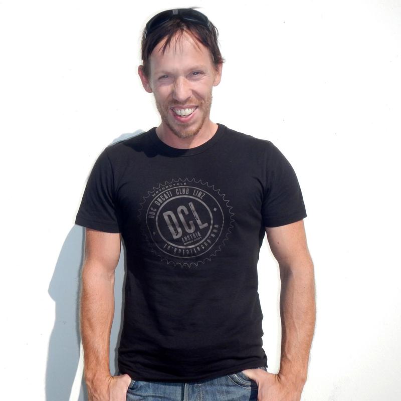 Herren T-Shirt körpernah